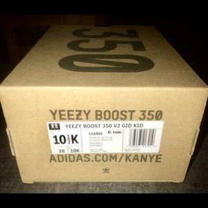 Limited Addition Kanye YEEZY Boosts. GID